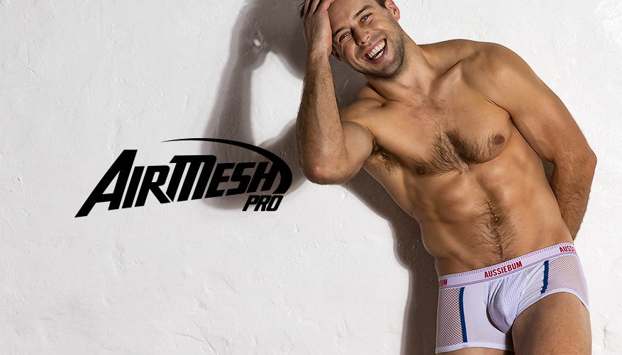 AirMesh Pro White Lifestyle Image