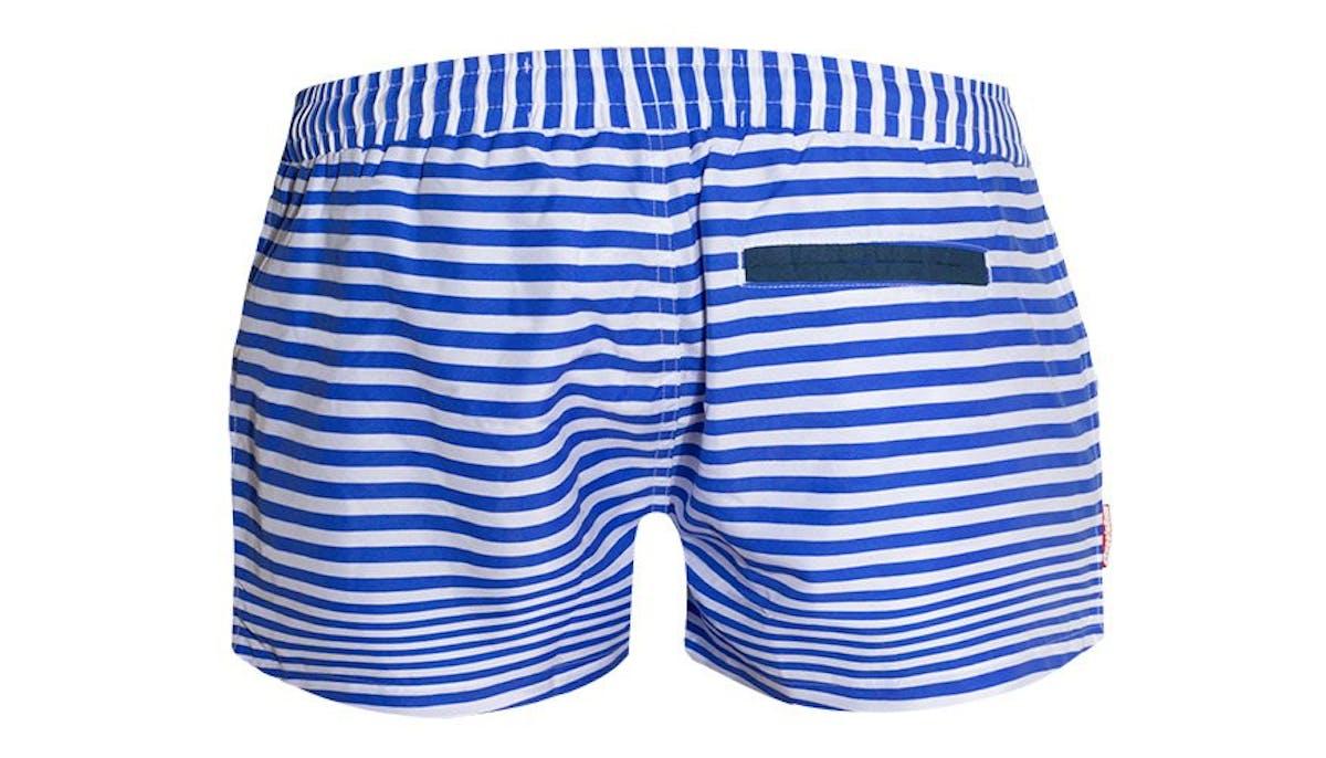 Ahoy Blue Lifestyle Image