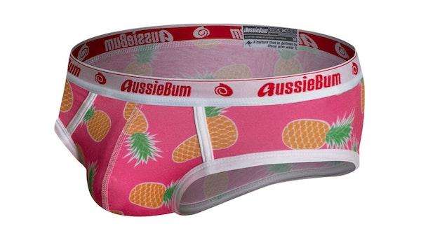 PartyOn Pineapple Lifestyle Image