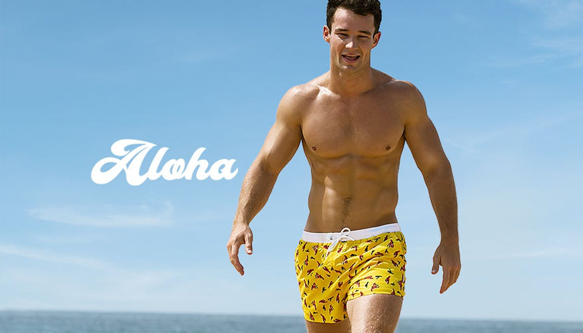 Aloha Lobster Yellow Lifestyle Image