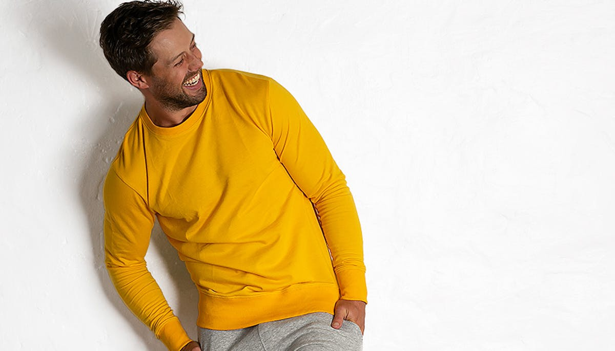 aussieSweater Yellow Lifestyle Image